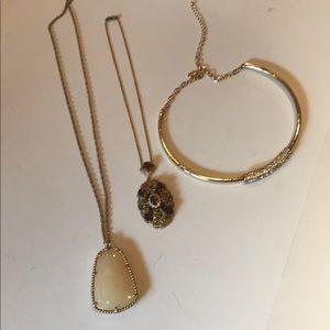 Jewelry - 3 Pc BUNDLE VINTAGE Necklaces